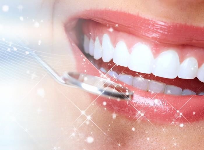 Có nên bọc răng sứ kim loại