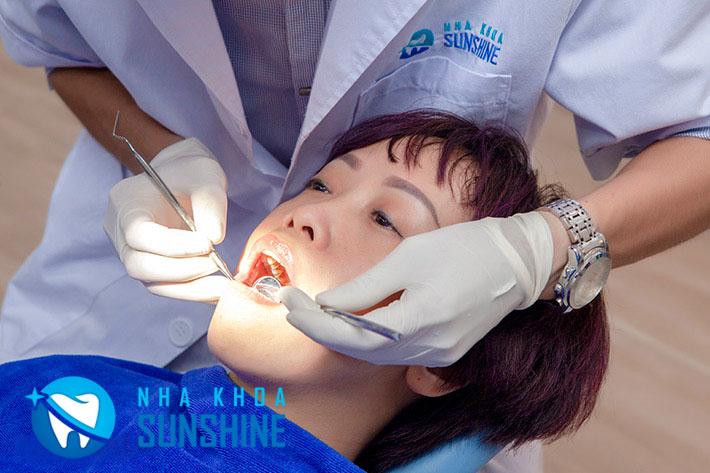 bọc răng sứ thẩm mỹ có ảnh hưởng gì không