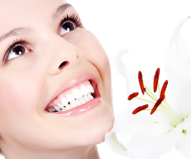 lợi ích và tác hại của bọc răng sứ