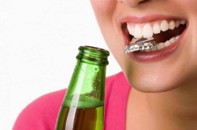 trồng răng bị hôi miệng