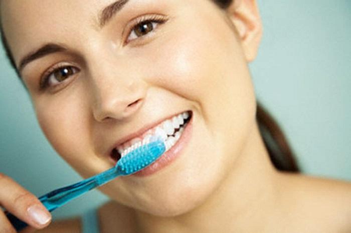 trồng răng sứ được bao lâu