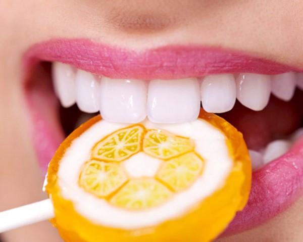 trồng răng giả ở trẻ em