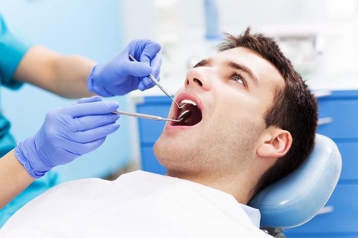 trồng răng Implant ở huế