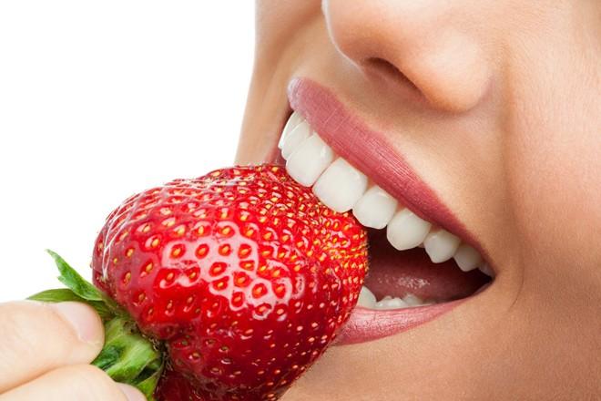 Ăn gì để răng trắng sáng - Nha khoa Sunshine
